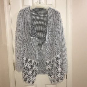 New Directions Sweater size Large